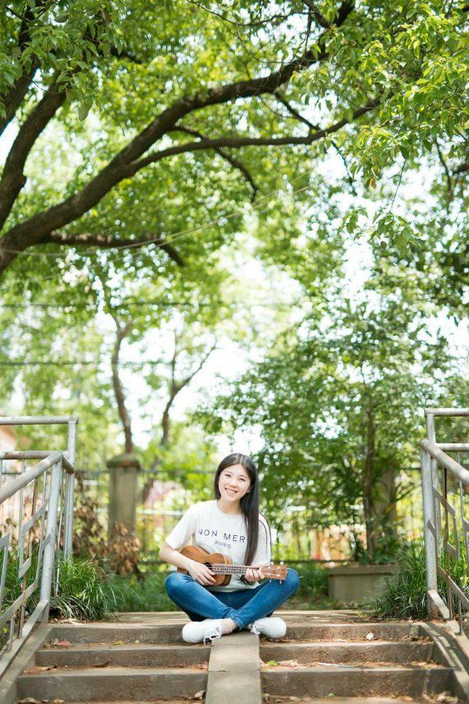 MXGS-580豹纹火辣可爱萌妹少女日常穿搭自拍黑丝美腿图片