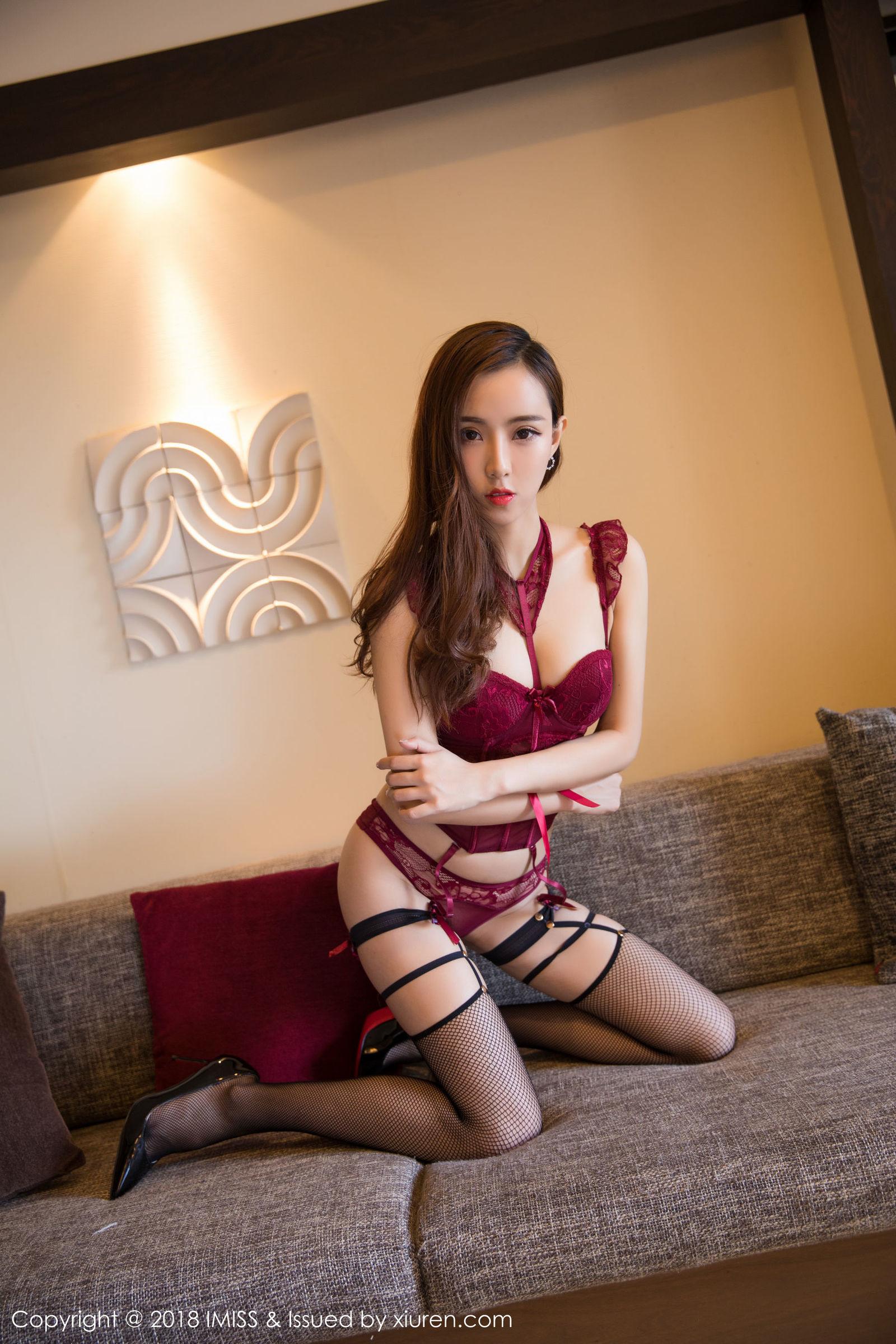 JUY-231火辣尤物周于希情趣内裤流水花核掩不住的春情荡漾艺术照
