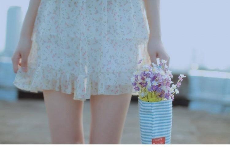 4IDB-658齐b超短裙美女王雨纯超薄黑丝袜高跟美腿诱惑写真