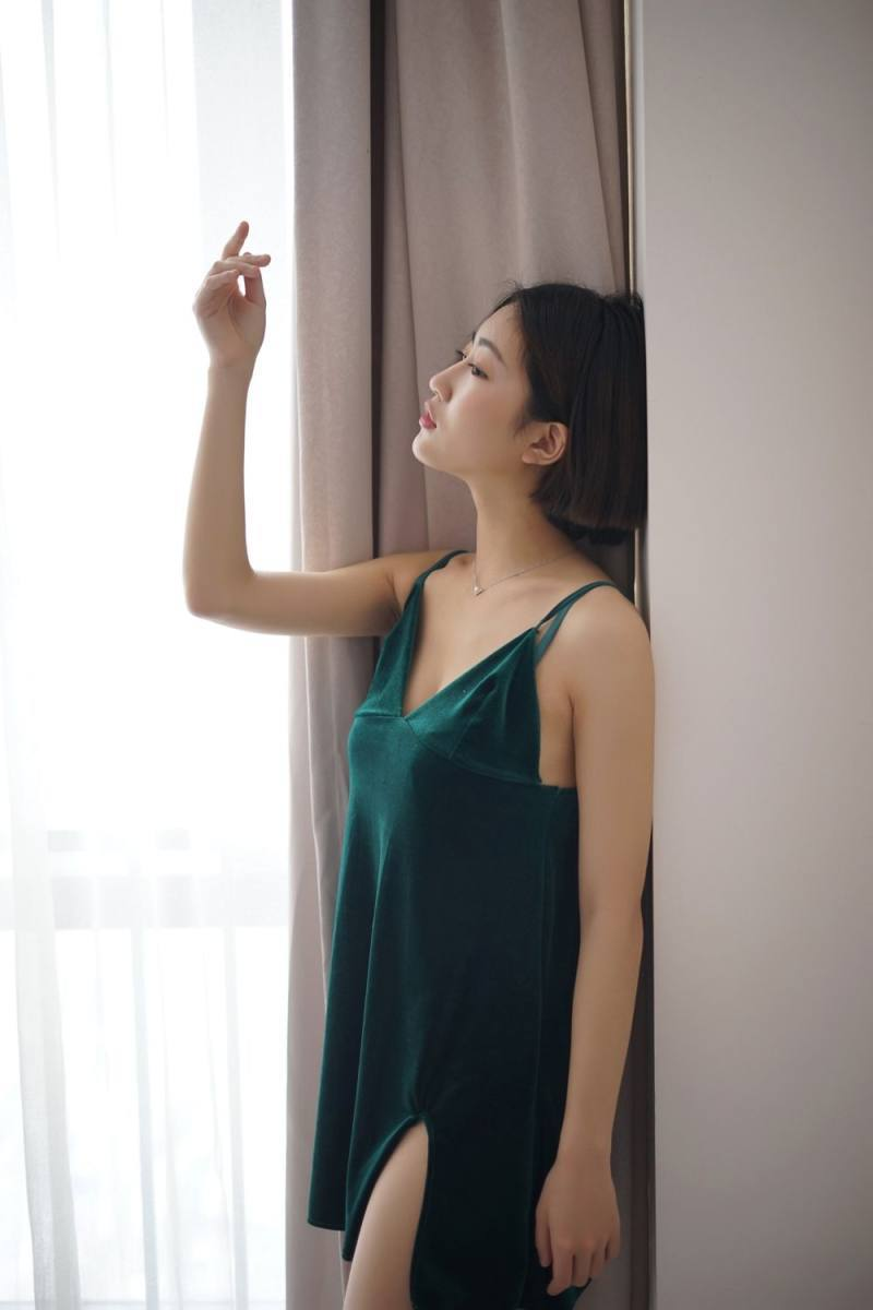 2ARML-012美背美女黑丝性感写真
