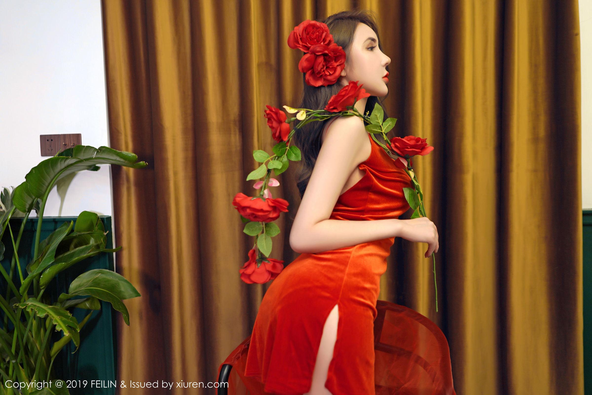 3VOSS-036清纯素人美女丝袜热裤放荡摆骚姿性感写真