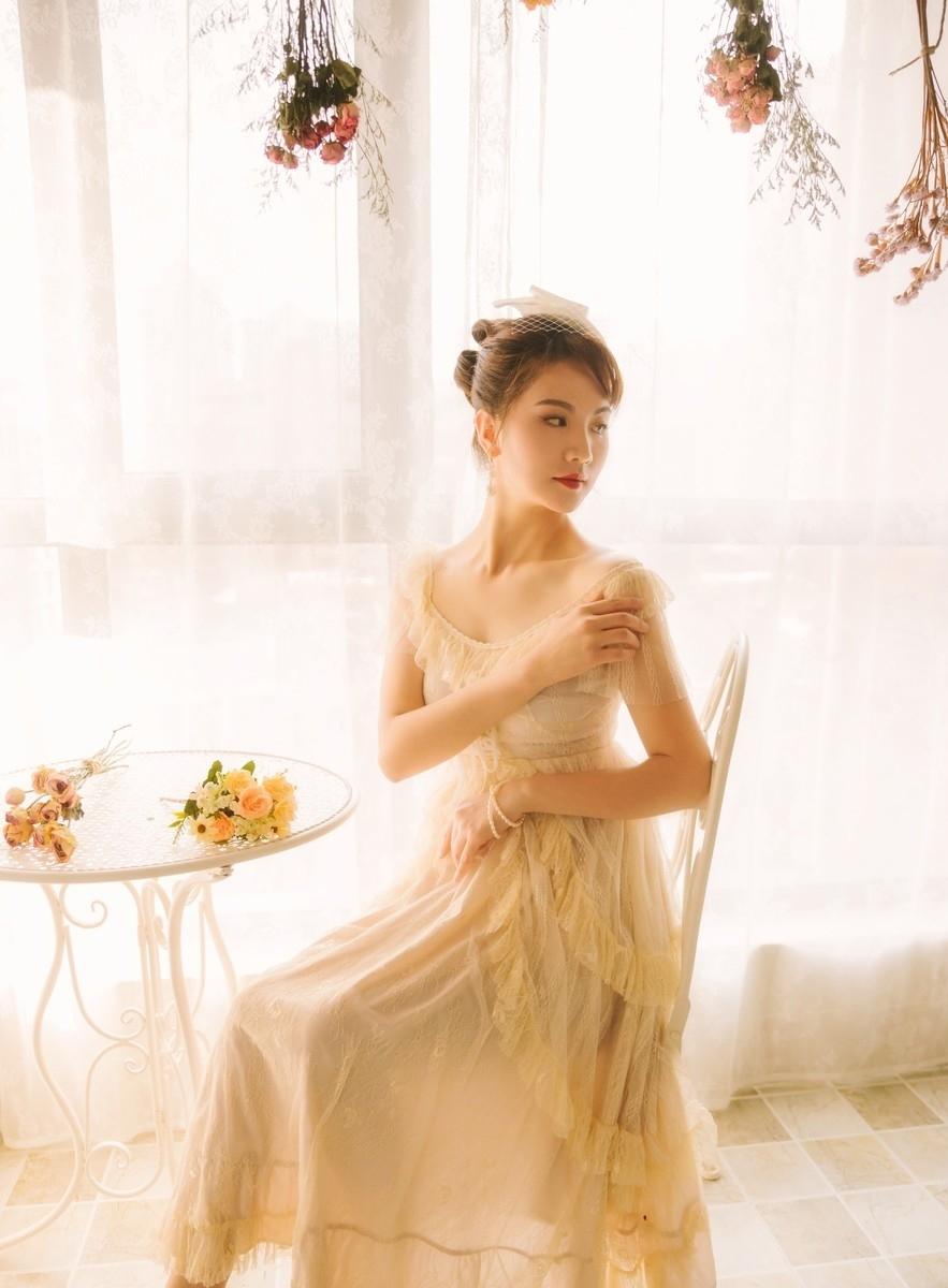 MIAD-909[尤果网]宅男女神王莹连体黑丝诱惑大尺度写真