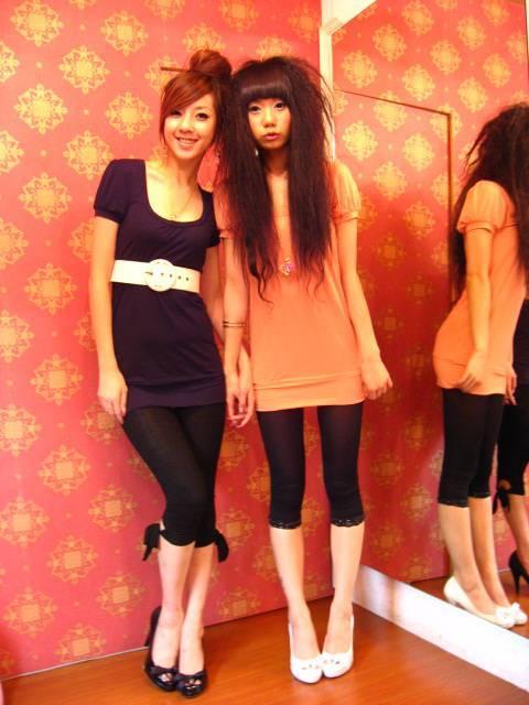 MILD-972丰腴两瓣阴臀少妇丝袜尤物跪舔人体艺术图片