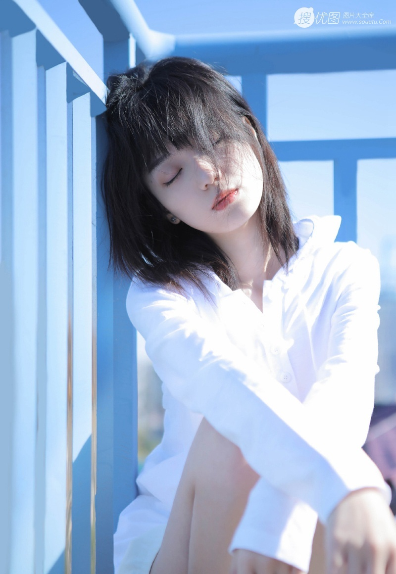 MKMP-259长相清秀甜美少女贝贝细腻水嫩内衣丝袜写真图片