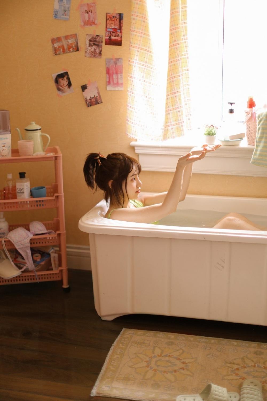 MMNA-018Beautyleg长腿白丝高跟美女旗袍超短写真