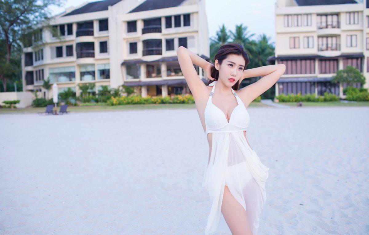 MIDE-339旗袍丝袜美女 身姿纤细诱人