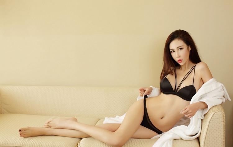 DPMX-004性感小蛮腰美少妇极品翘臀写真