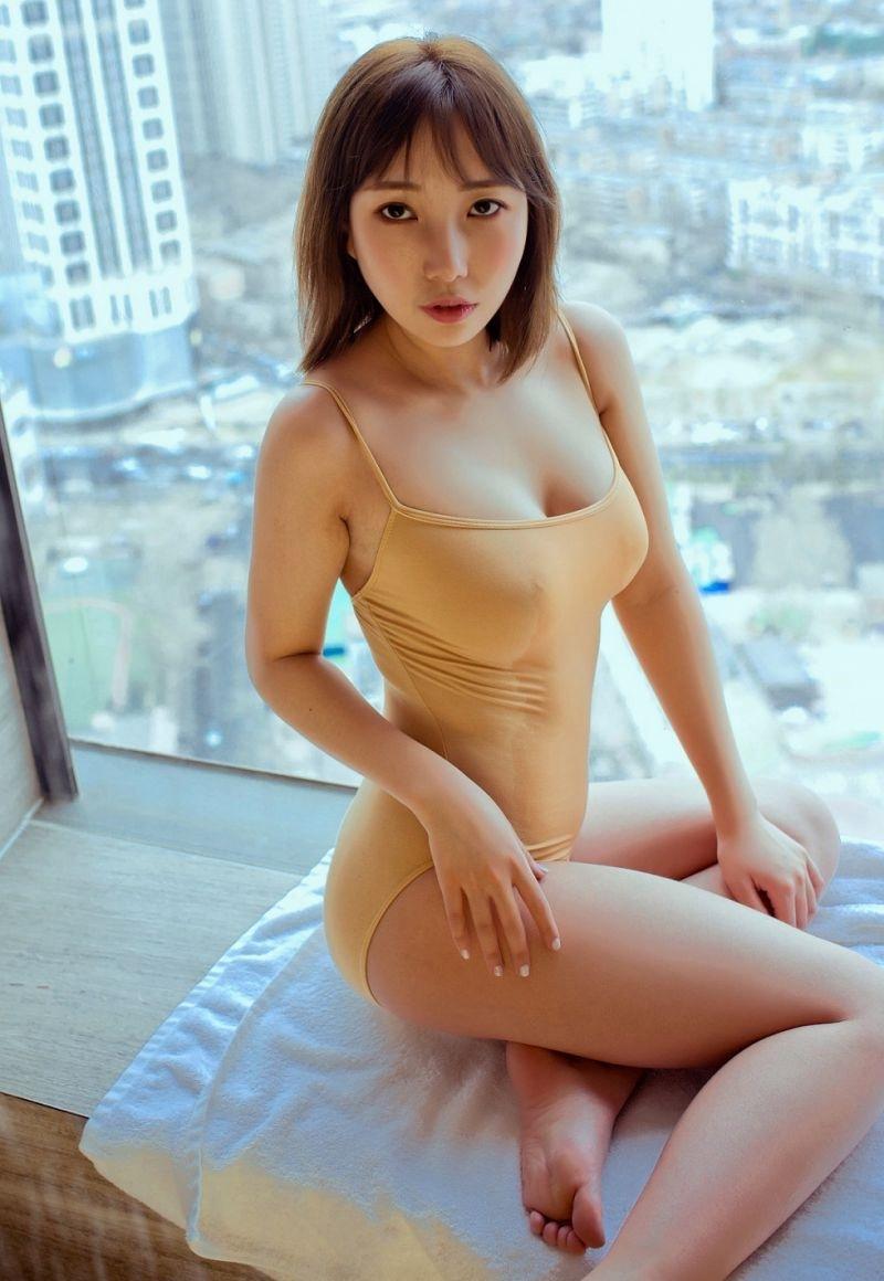 7MIDD-927漂亮小女生五官精致美丽