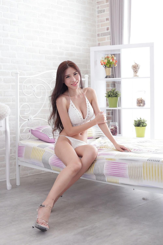 IPX-383酥胸美人身材性感惹火极品私拍