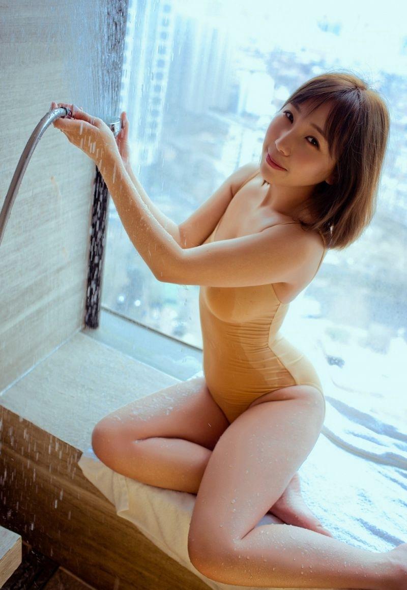 5SOE-829阳光女孩侧脸完美清纯写真