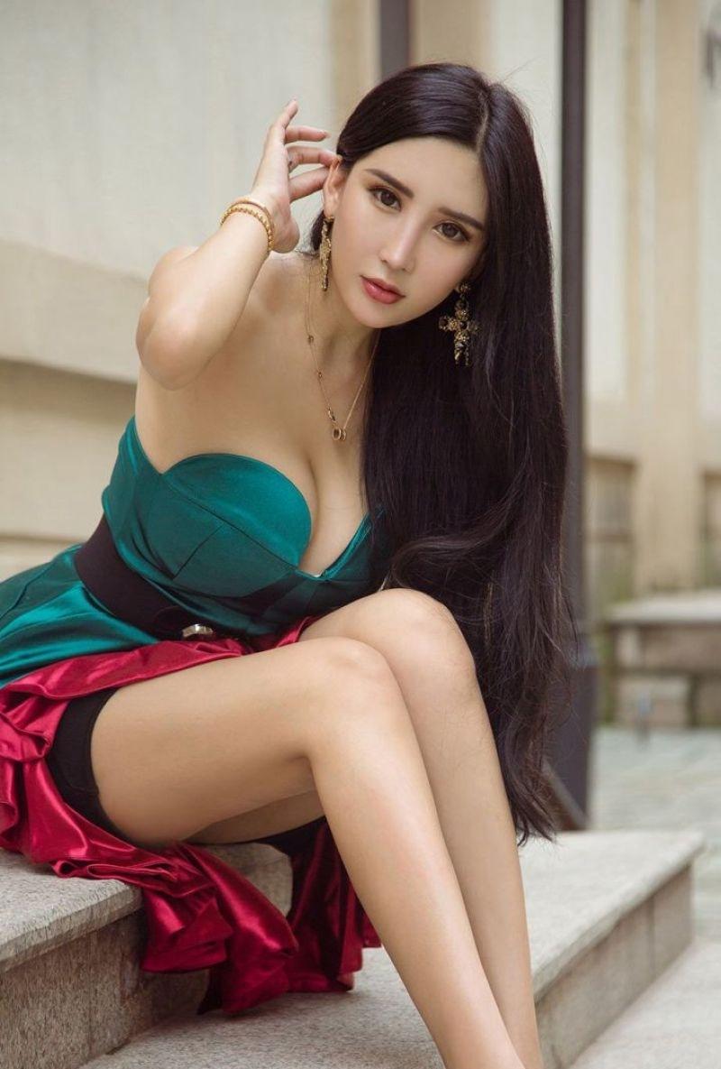 4WANZ-357高甜少女温香软玉撩人惹火私拍