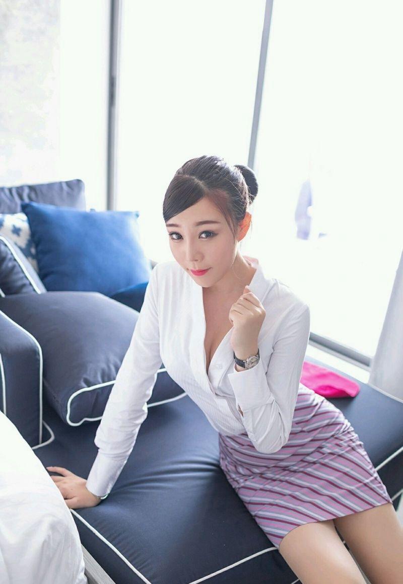 5MIR-069俏皮小女生长腿白皙极品图库