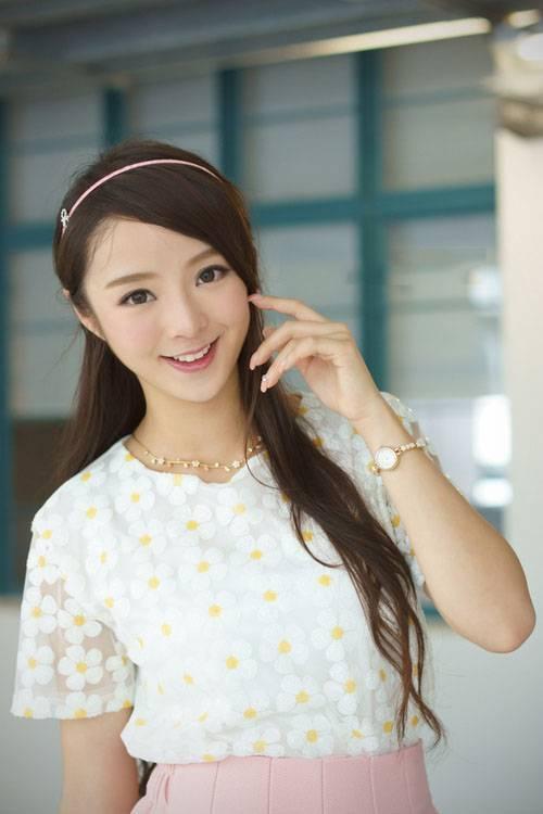 MIAA-127萝莉少女粉嫩公主裙清纯写真