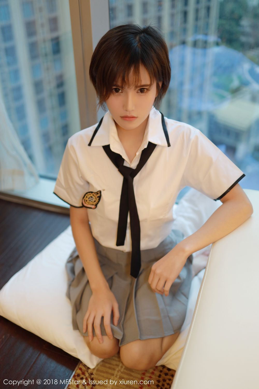 4SNIS-602大眼美女青春靓丽倾城写真集