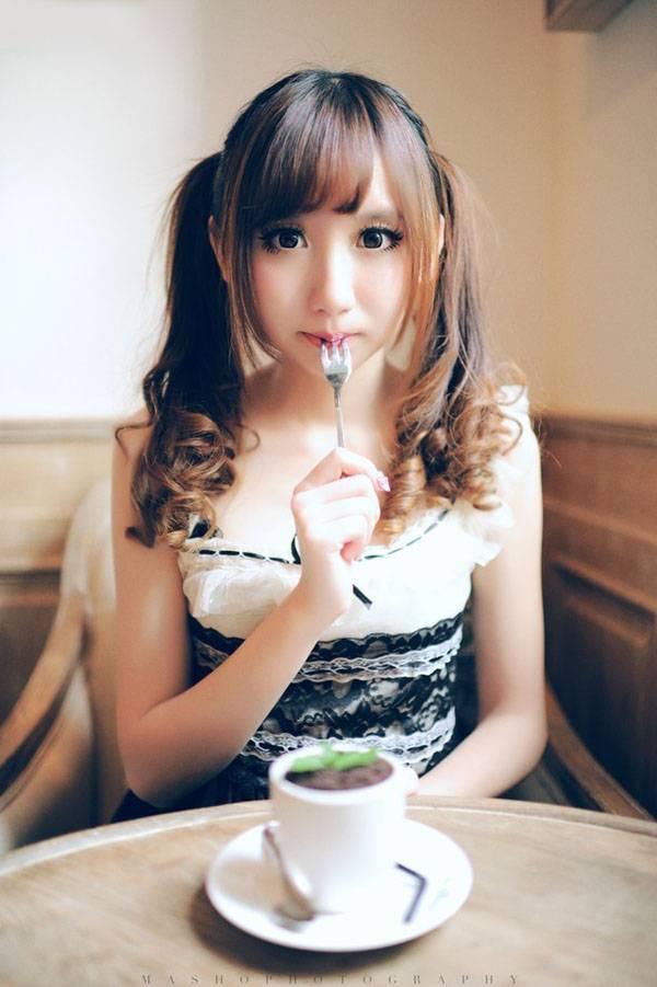 MIGD-499漂亮美女学生清纯养眼肤若凝脂艺术照