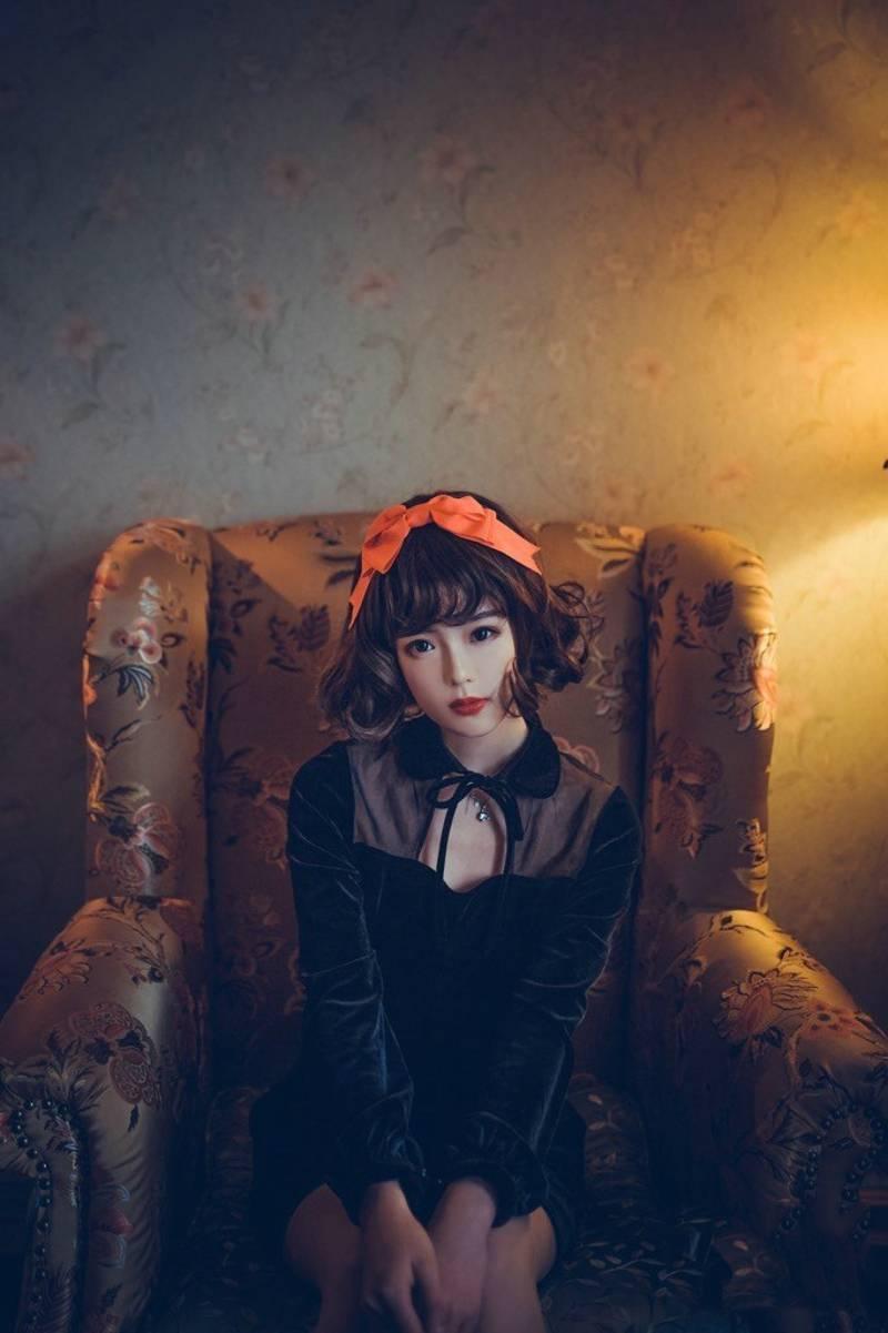 MIDD-852平面模特火辣长腿开叉吊带裙优雅性感养眼写真