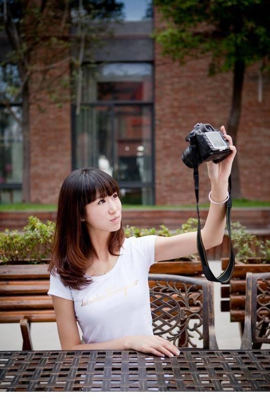 ATFB-300清纯mm酥胸翘臀性感艺术写真
