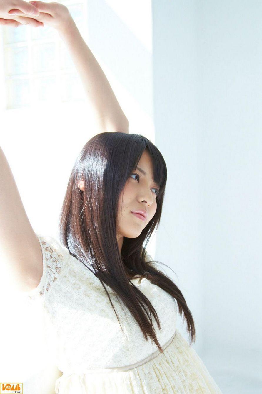 7IPZ-100粉嫩舞蹈美女文艺气质酥胸美背性感私人拍摄写真图片