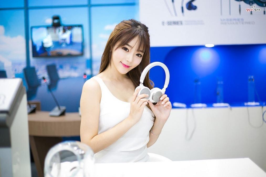 ABP-569女性私身体娇艳欲滴令人怦然心动的亚洲自拍