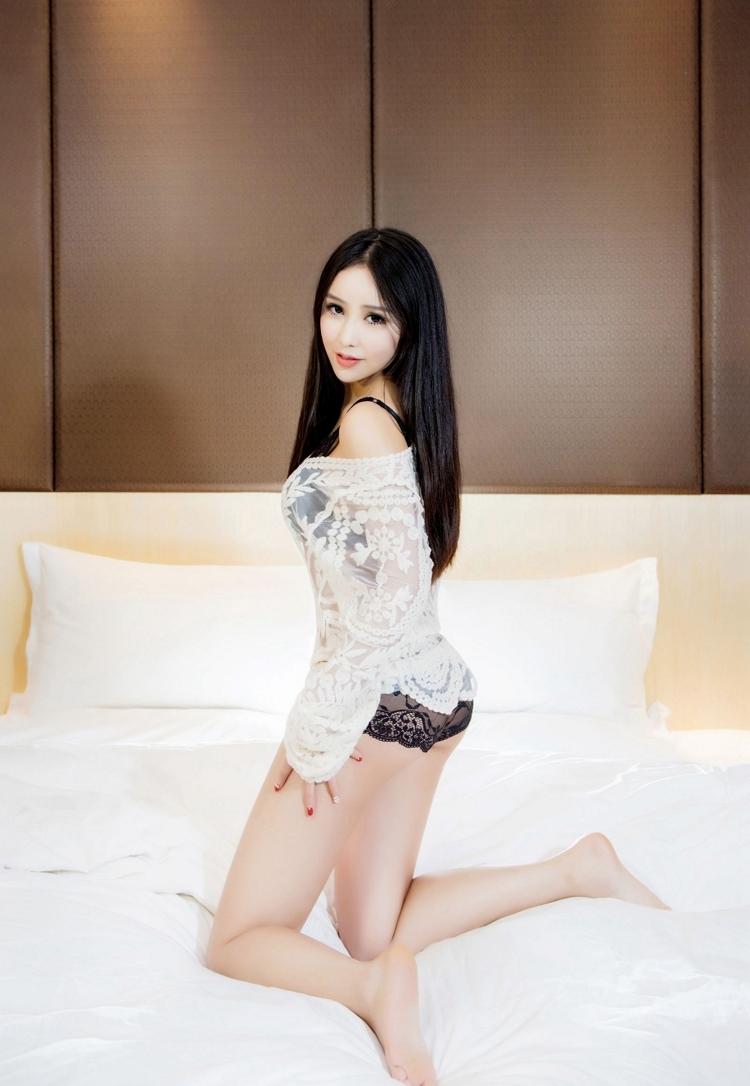 7NSPS-485日韩美女紫林三点式比基尼丰乳肥臀超级销魂图