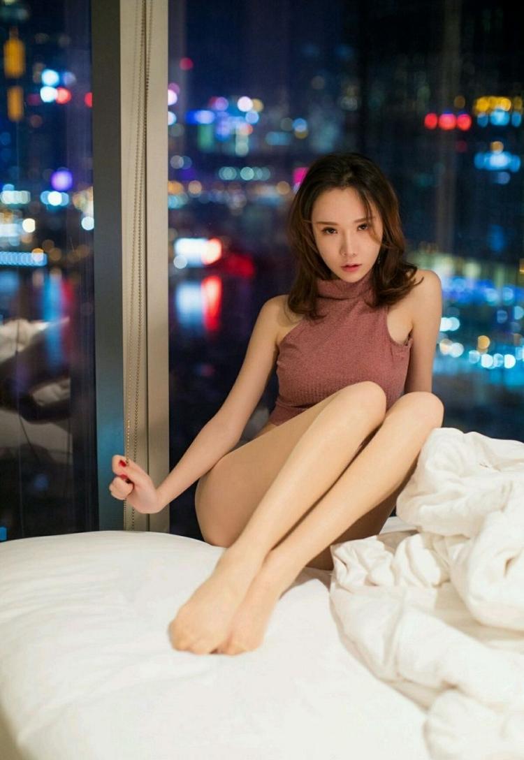 7SSPD-126美女荔子吊带内衣国内偷