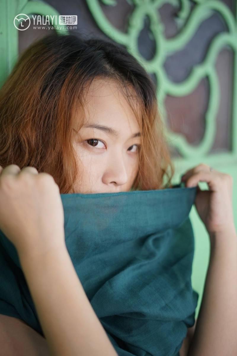 4HND-142奶牛美女朱可儿的诱惑妹子左扭右摆姿势销魂的肉体摄影