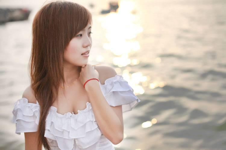 2URPW-025短发美女天然极品尤物甜美可爱性感福利写真图片