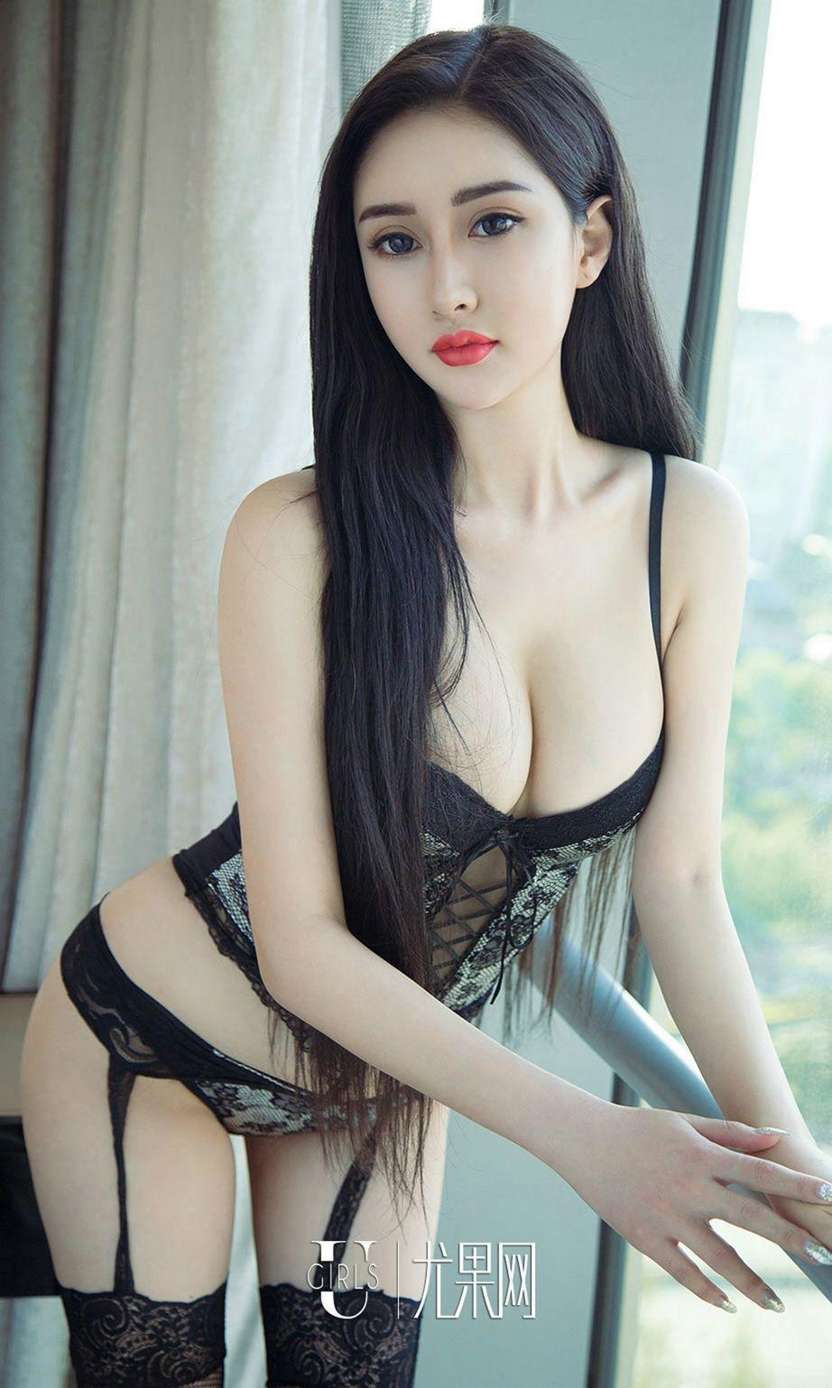 5IDB-228火辣鹅蛋脸美女素人居家粉嫩内衣美腿玉足性感可人写真