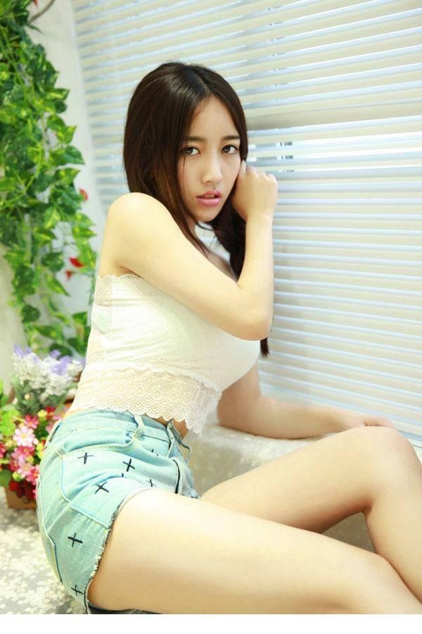 4SNIS-485台湾美女私房美腿玉足高挑妖娆火辣大胸女神性感写真