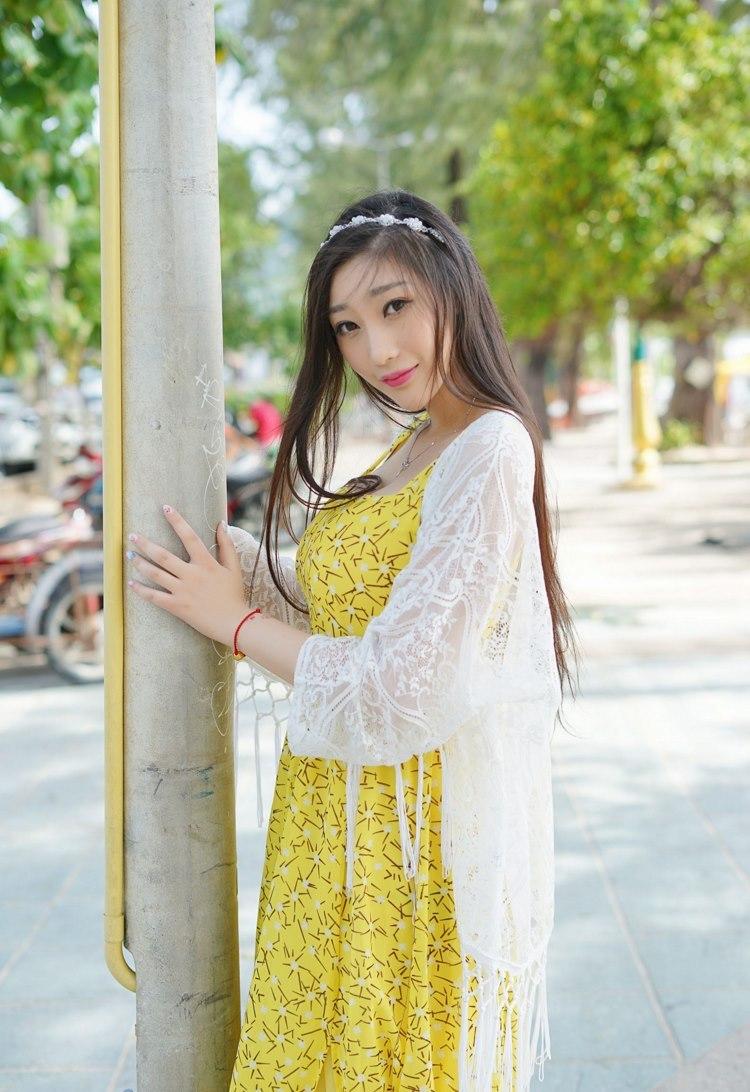 MXGR-480沟沟美女丝语蕾丝内衣白丝美腿啪啪啪姿势美女极度销魂图