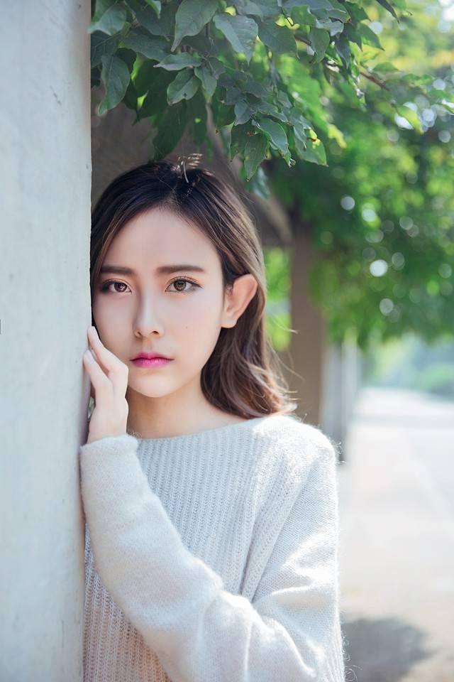 26ID-050中国比基尼美女蔡译心腰细腿长胸大屁股翘性感写真