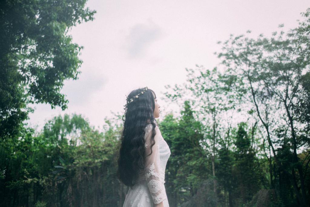 MIZD-116古典宅男女神旗袍翘臀风骚撩人惹火动作姿势性感写真