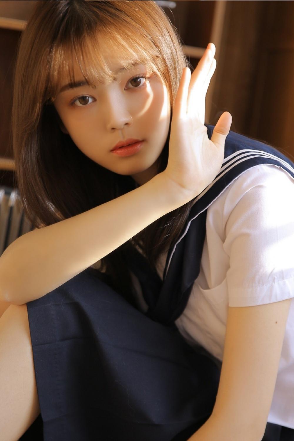 JUY-349中国旗袍诱惑美女carry黑丝翘臀高跟美腿性感写真