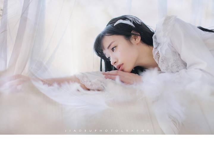 EKDV-345早安氧气美女酥胸养眼性感粉嫩白皙玉体白皙可爱萝莉图片