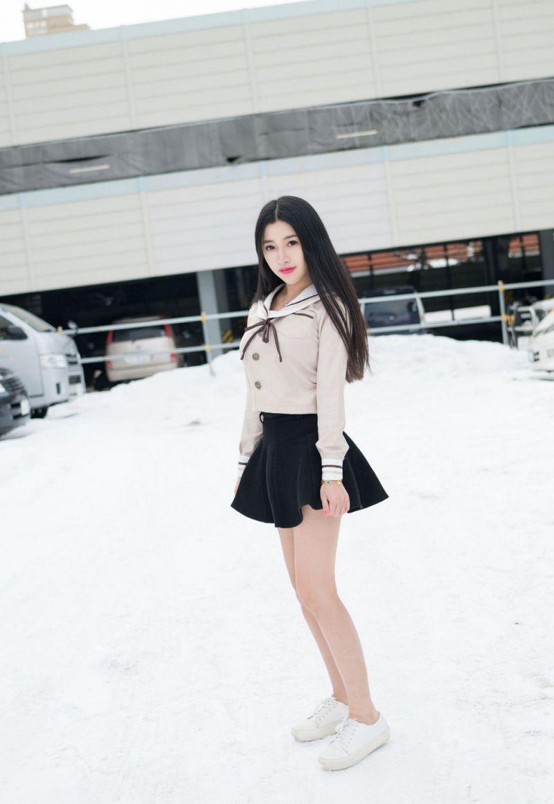 7IPZ-590性感透视装美女脱衣服情趣黑丝袜高跟美腿诱惑写真
