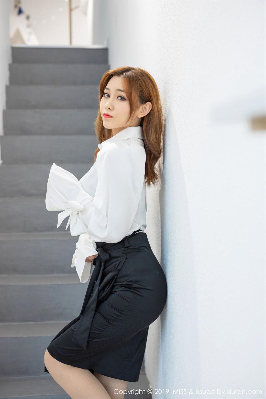 APNS-024日本素人美女风骚私房惹火露白嫩大奶子性感美女图片