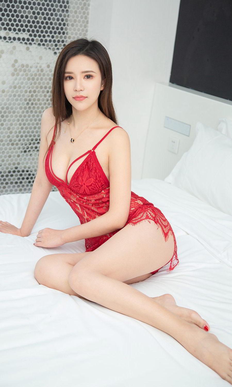 IPZ-483冷艳美女性感霸气照 开叉长裙秀美腿