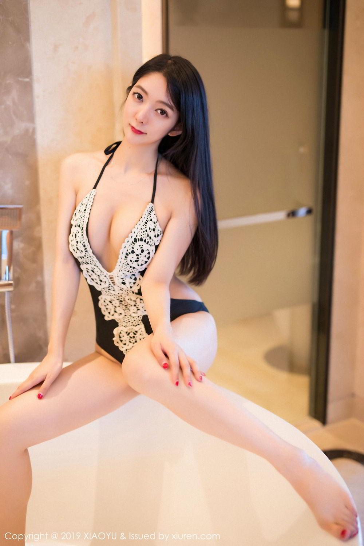 ABP-525街拍:修身晚礼服魅力辣妈大秀丰满好身材