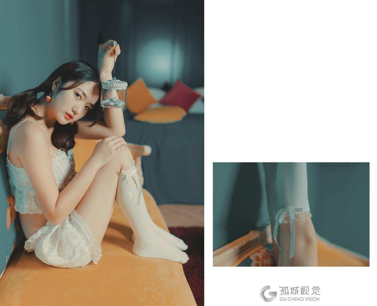 MKMP-040红色高跟鞋美女一袭黑丝薄纱写真