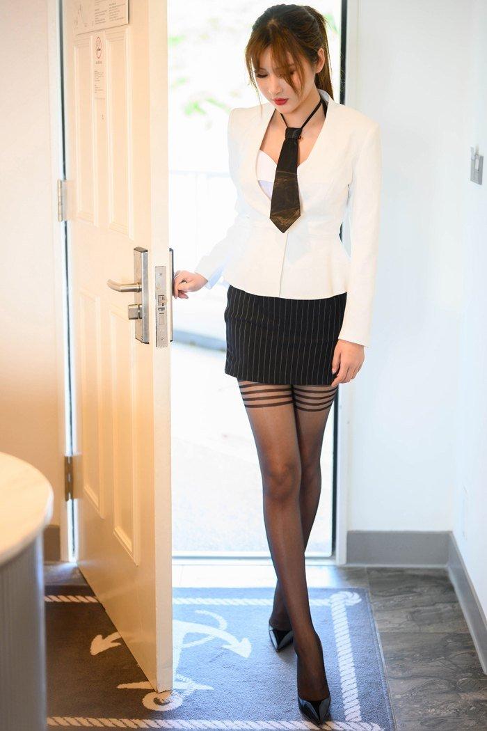 国产精品一区第二页美女131私人摄影制服丝袜美腿写真30p