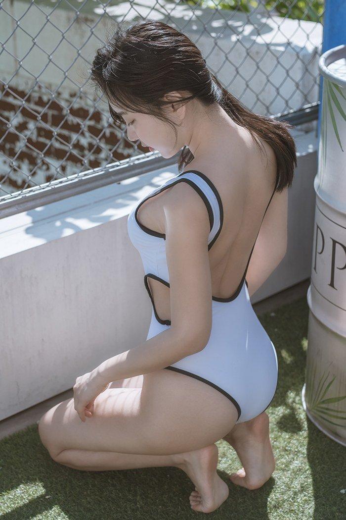 自拍偷自拍亚洲精品国产粉嫩小妹私人销魂写真图集30p
