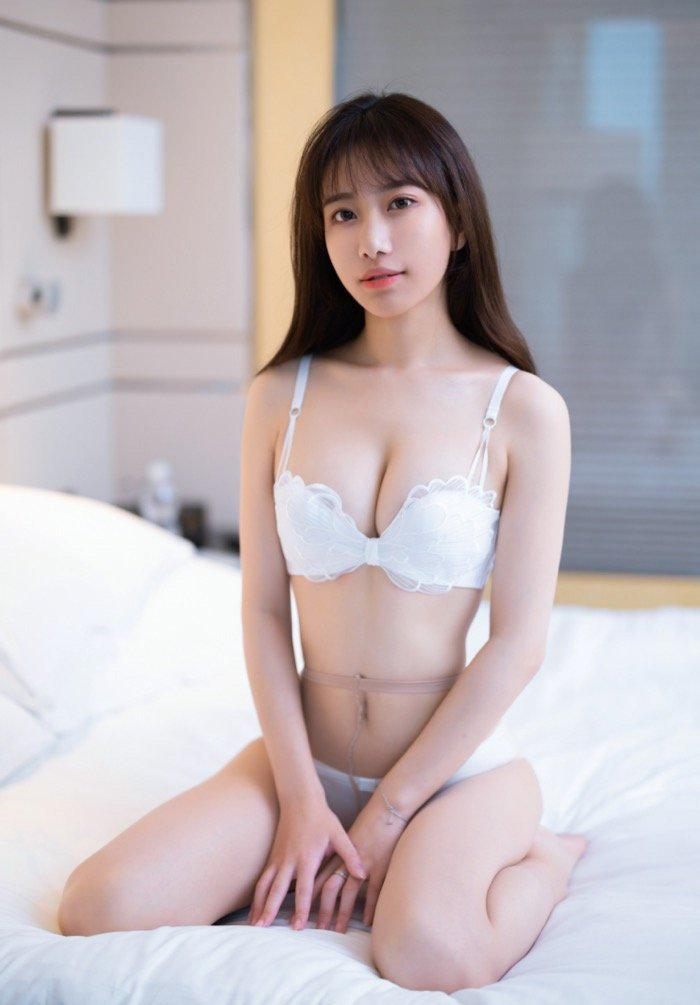 大胆人gogo体艺术日本年轻实习生大胆西西裸体美女人体图片