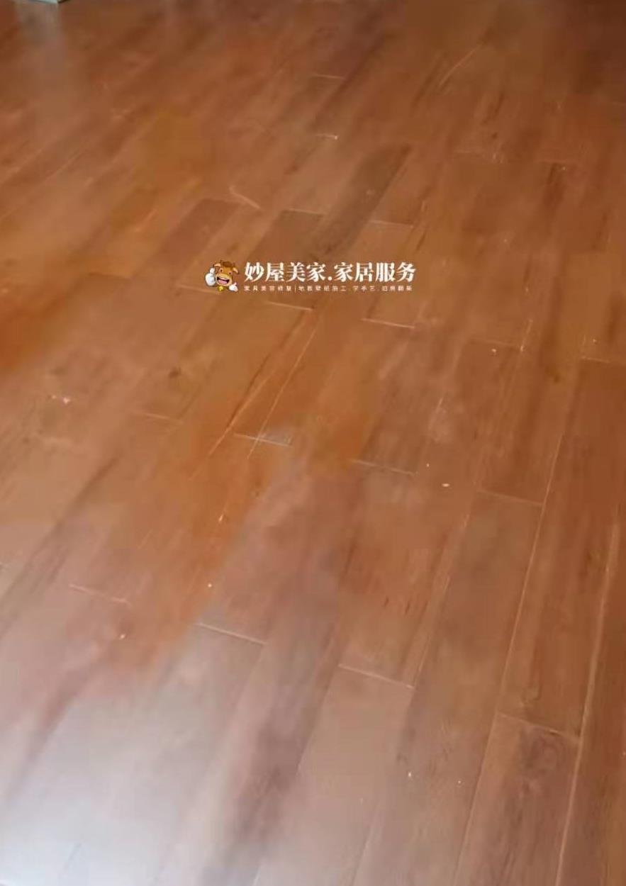 妙屋家具维修师兄弟,超难木地板划痕修复