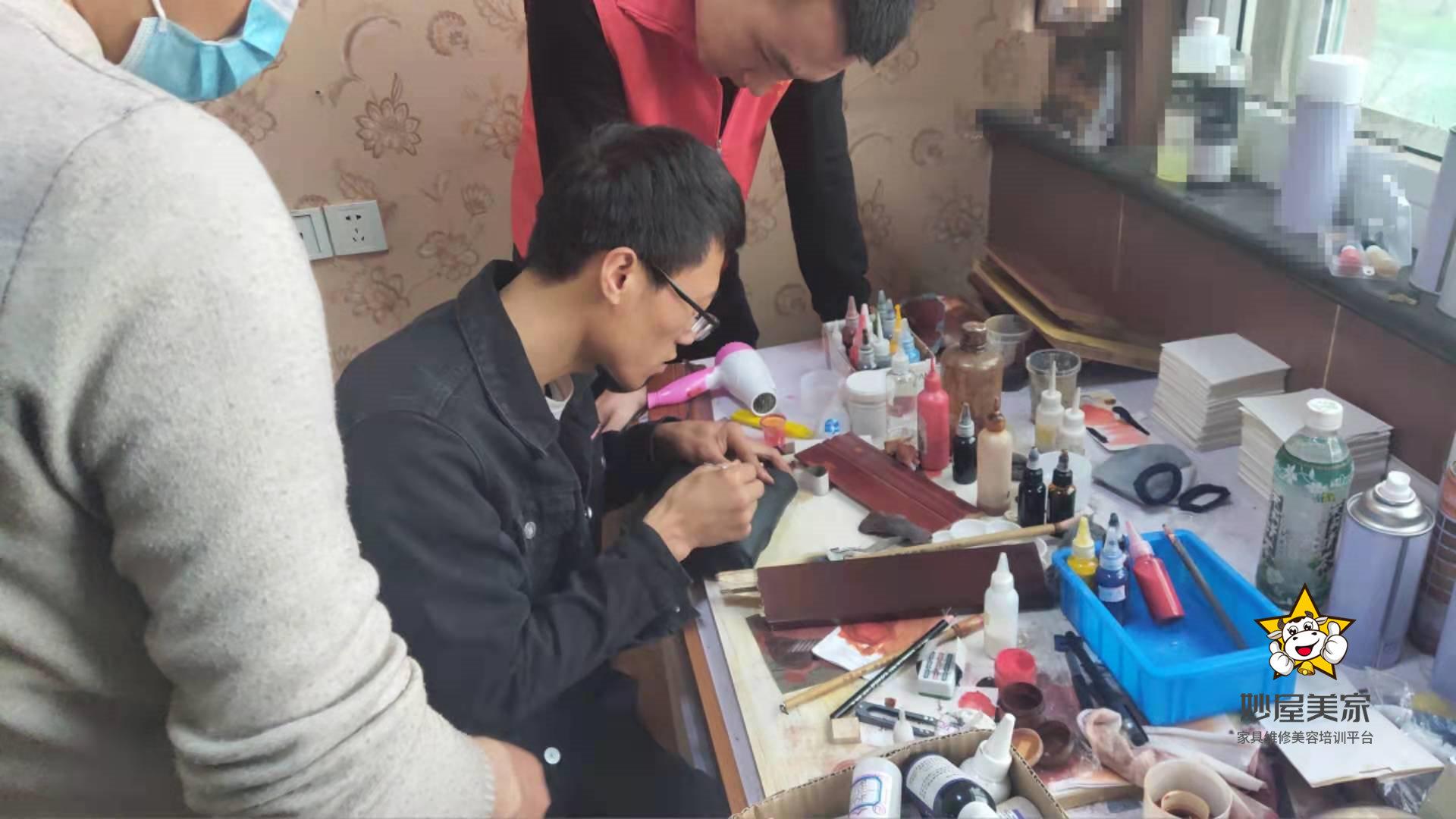 冯绍峰和赵丽颖离婚,会不会有摔坏的家具我给修修