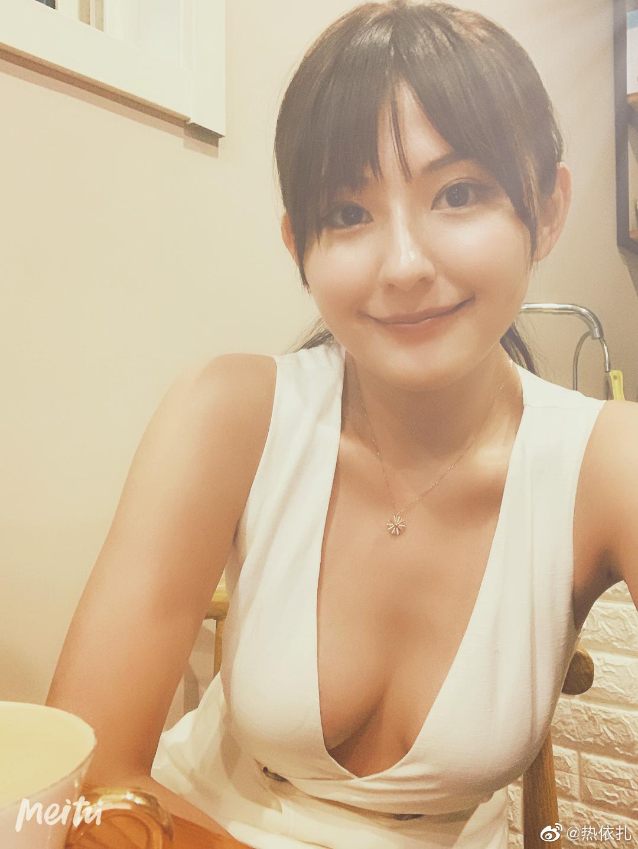 性感大胸美女图片 都是好身材的大姐姐