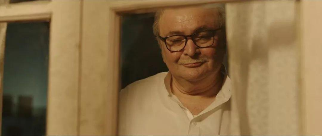 电影《老爸102岁》搞笑又心酸,戳中了多少中国观众!