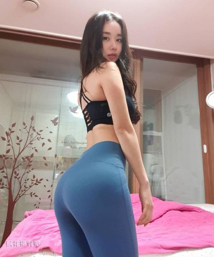 大胸美女7