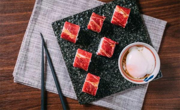 炙烧和牛寿司