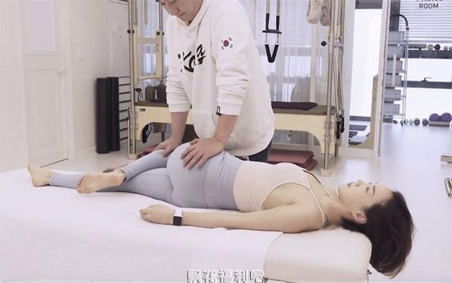 超解压的韩式正骨按摩 美女骨头都咔吧咔吧的响