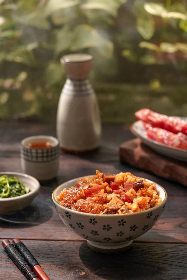 懒人食谱:香菇腊肠焖饭